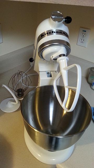 Kitchen Aid White  Quart Mixers